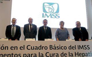 El IMSS, primera institución de salud pública que compra dos innovadores tratamientos que curan la Hepatitis C